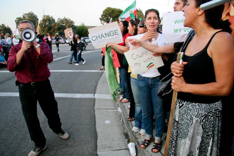 Irvine_Iranian_Protests-10